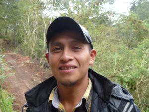 Emiliano, bewaker en jongste bediende