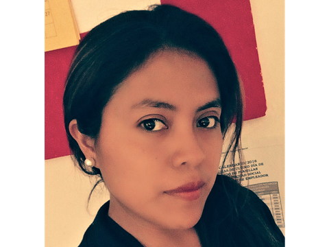 Mayra Coraldy Yat Chen, administratdora